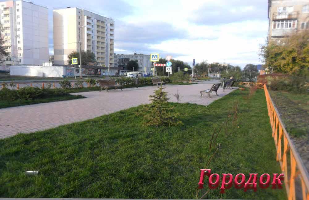 Сквер по ул. Маршала Жукова