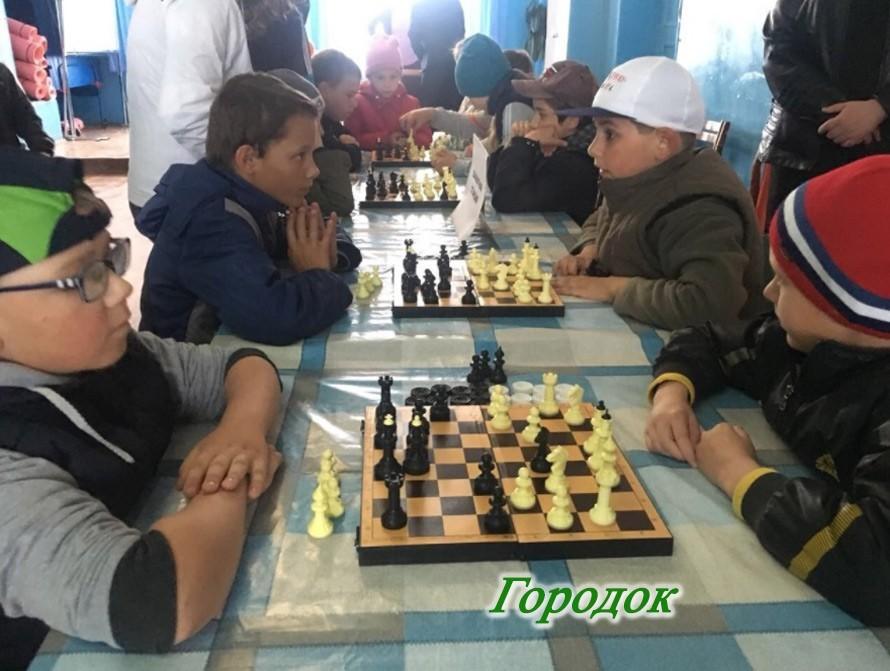 Турнир по шахматам для юных спортсменов, приуроченный к