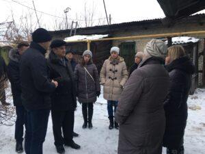 Депутаты оказали помощь погорельцам