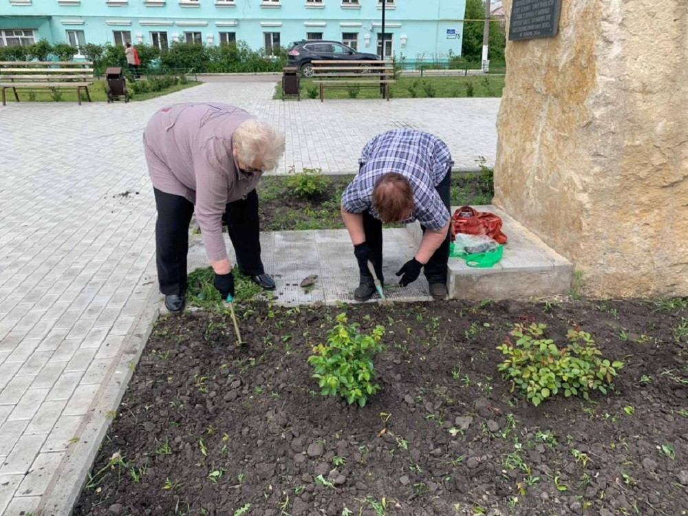 Людмила Иванилова, Лариса Мартьянова