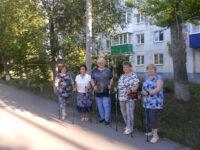 Тренировки группы здоровья по Скандинавской ходьбе в ТОС «Военный городок»
